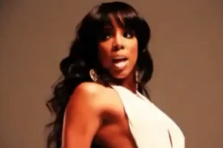 "Kelly Rowland Nearly Bares It All In Her ""Lay It On Me"" Sneak Peek"