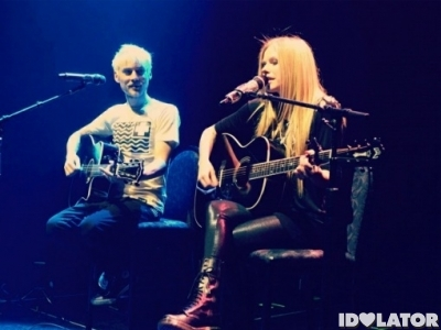 """Listen To Evan T. And Avril Lavigne's Duet """"Best Years Of Our Lives"""": Idolator Premiere"""