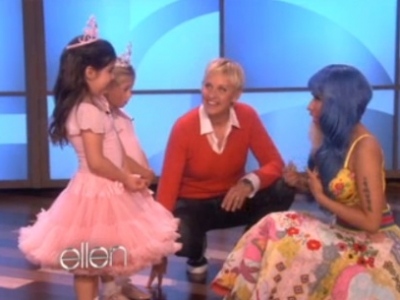 Nicki Minaj Sophia Grace The Ellen DeGeneres Show Super Bass Rosie