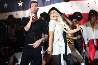 2011 American Music Awards: A Viewer's Guide