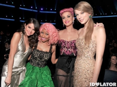 American Music Awards 2011 Selena Gomez Nicki Minaj Katy Perry Taylor Swift