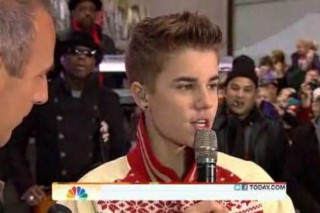 Justin Bieber Brings Holiday Hits & Special Guest Usher To The 'Today Show'