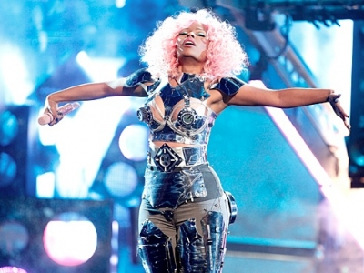 Nicki Minaj 2011 American Music Awards AMAs David Guetta Super Bass turn Me On