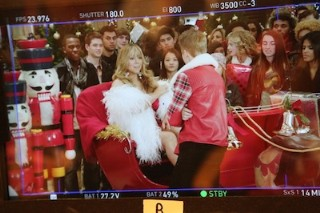 "Justin Bieber Unwraps His ""All I Want For Christmas Is You"" Video With Mariah Carey"