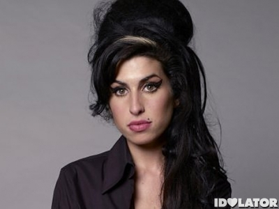 Amy-Winehouse-Accuses-Mark-Ronson-Of-Stealing-Credit