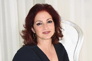 Gloria Estefan To Guest Star On 'Glee' As Santana's Mom