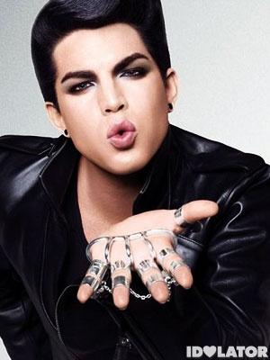 Adam-Lambert-kiss_l