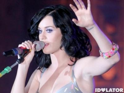 Katy Perry singing microphone