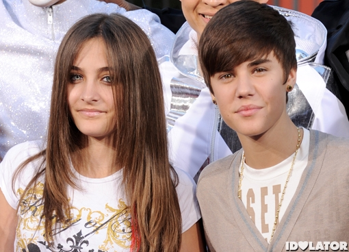 Justin Bieber Attends Michael Jackson Ceremony At Grauman ...