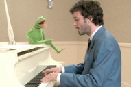 Academy Awards 2012: Bret McKenzie Wins Original Song For 'The Muppets'