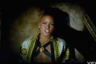 "Cassie Crowns Her ""King Of Hearts"" With New Video"