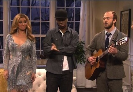 """Justin Timberlake's """"Bon Iver"""" Plays For Blue Ivy In 'SNL' Sketch"""