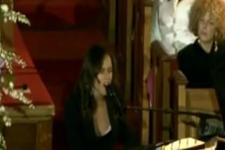 Whitney Houston's Funeral: Kevin Costner Speaks, Alicia Keys Performs