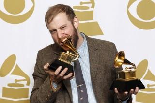 "Bon Iver's Grammy Win: Watch Justin Vernon's ""Uncomfortable"" Speech"