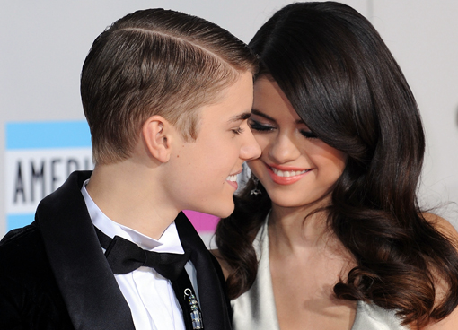 Valentine's Day: 10 Celebrity Couples Who Are Adorably In Love (PHOTOS)