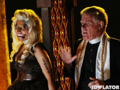 nicki minaj roman holiday grammys 1