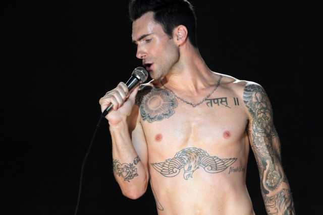 adam levine moves like jagger