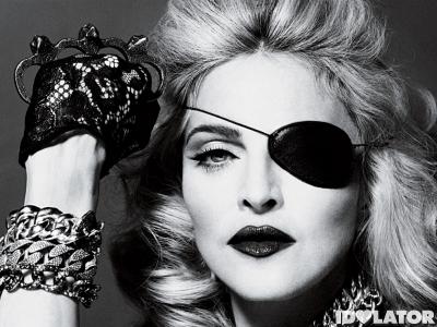 Madonna-MDNA-Picture-2
