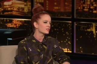 Shirley Manson Talks Garbage & Justin Bieber On 'Chelsea Lately'