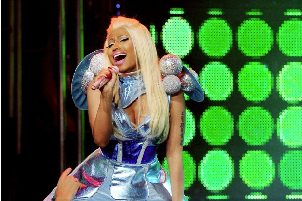 nicki-minaj-new-yeas-eve