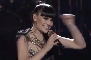 """'The Voice': Jessie J Knocks Down Her """"Domino"""" And Four More Singers Get Knocked Off The Show"""