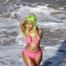 nicki-minaj-bikini-shoot