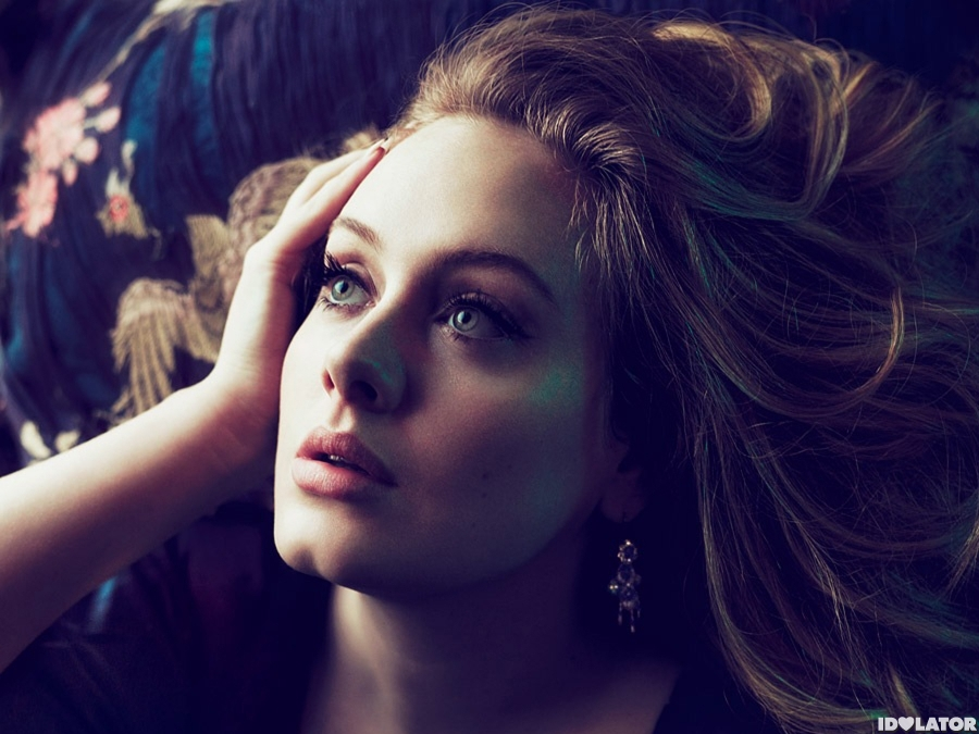 Adele: Hottest Photos