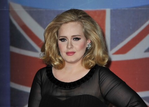 """Adele's James Bond Theme """"Let The Sky Fall"""" To Drop In October: Report"""