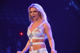 Britney Spears Is Definitely Headlining Las Vegas, Unless She Isn't: Morning Mix