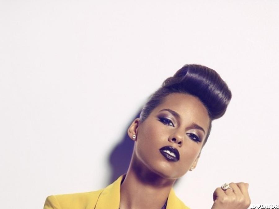 Alicia Keys: 'VIBE' cover spread