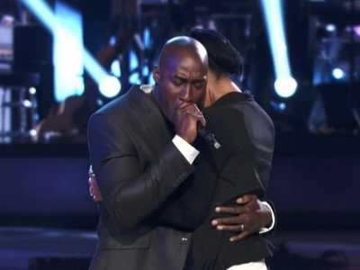 The Voice Season 2 winner Jermaine Paul 1