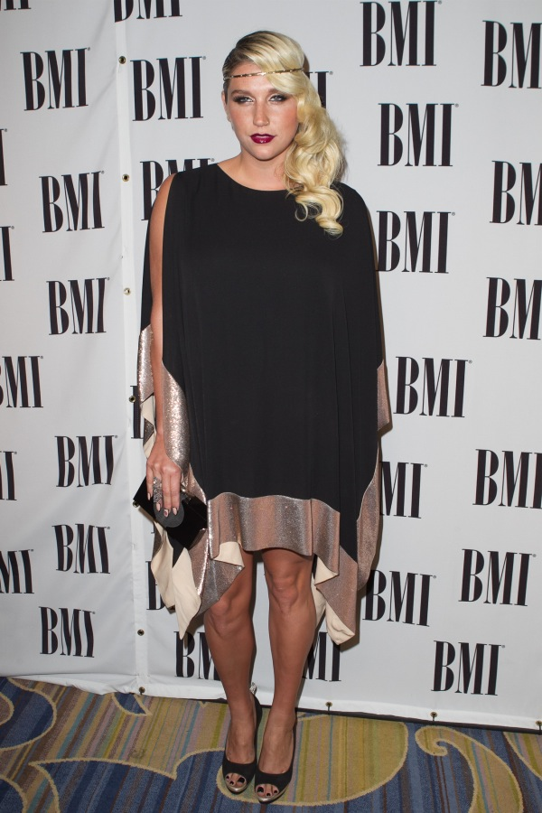 ke$ha bmi pop awards 2012