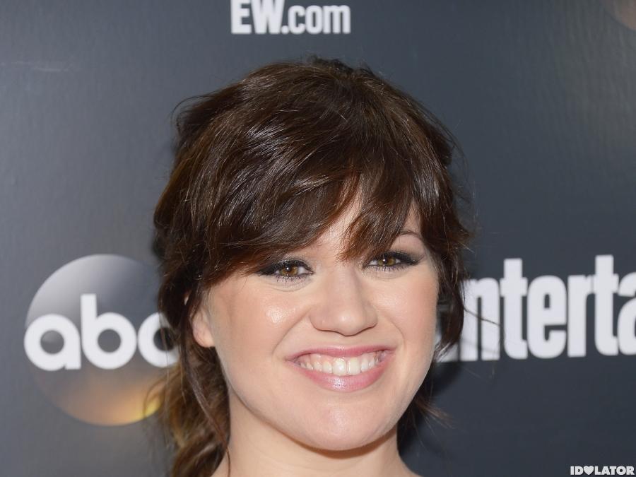 Kelly Clarkson Stuns At ABC Upfronts