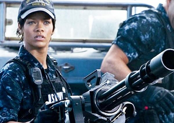 Rihanna Battleship 2012 movie film gun