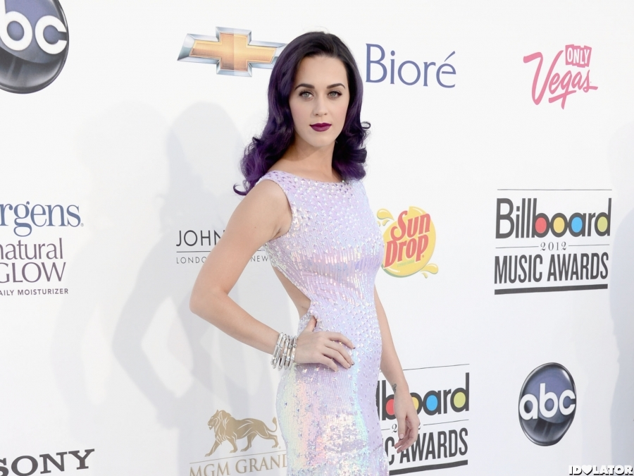Katy Perry: 2012 Billboard Music Awards Red Carpet