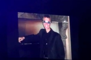 Robin Gibb Gets Touching Video Tribute From Bee Gees Brother Barry