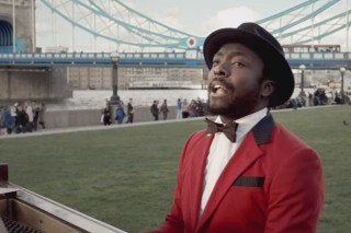 "Will.i.am Skype Chats With Clubgoers And Eva Simons In His ""This Is Love"" Video"
