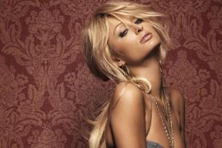 "Paris Hilton Says It's Not Her On ""Louder"""