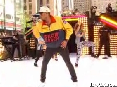 Chris Brown Turns Up The Music On 'Today Show': Watch