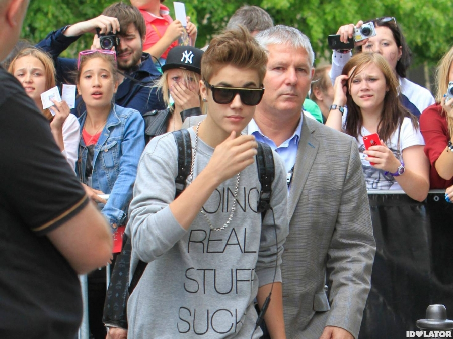 Justin Bieber Greets Fans In Germany