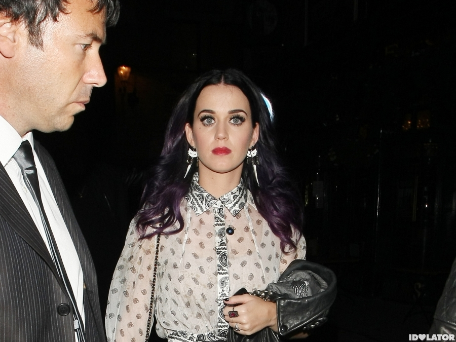 Katy Perry Takes A Spill After Hanging With Justin Bieber
