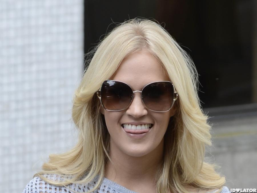 Carrie Underwood Rocks Red Pants In London