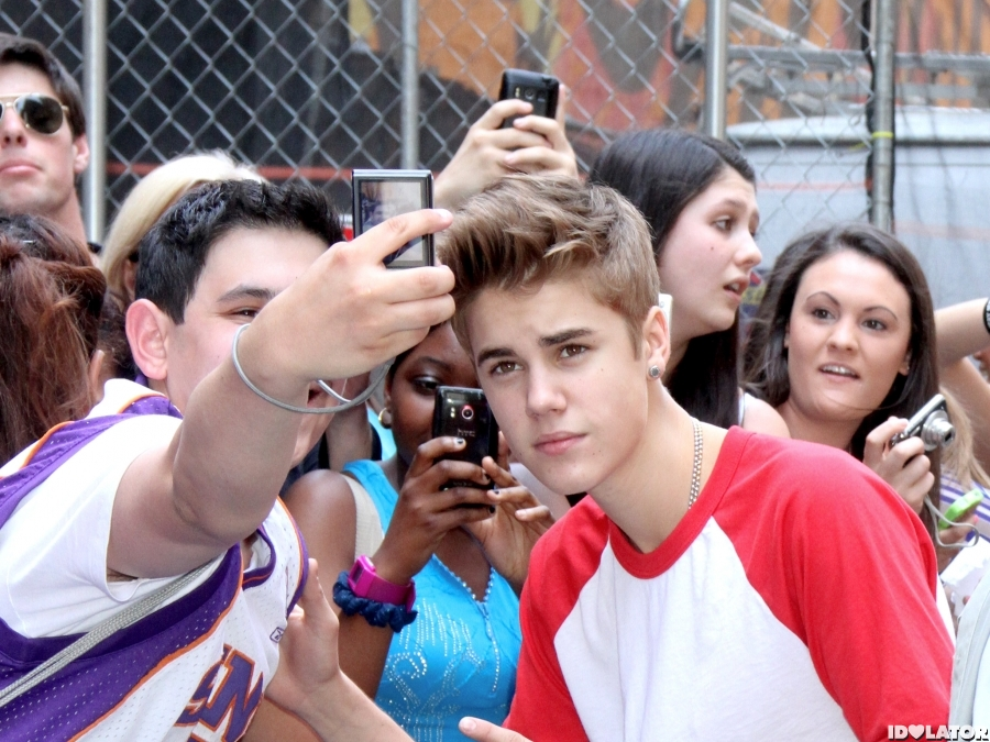 Justin Bieber Heads To 'Late Show' Taping
