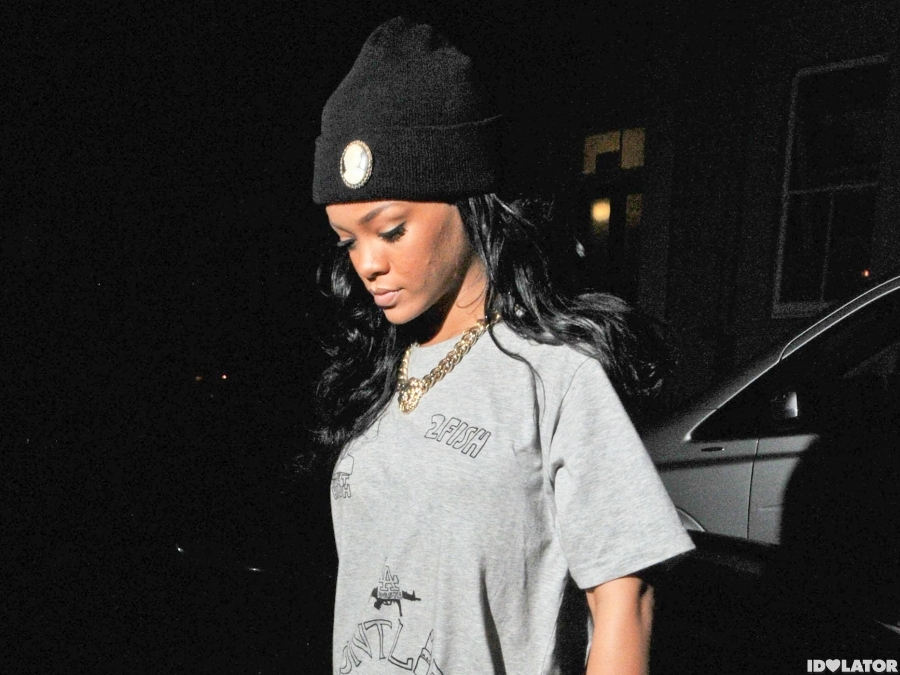Rihanna Wears A Provocative T-Shirt In London