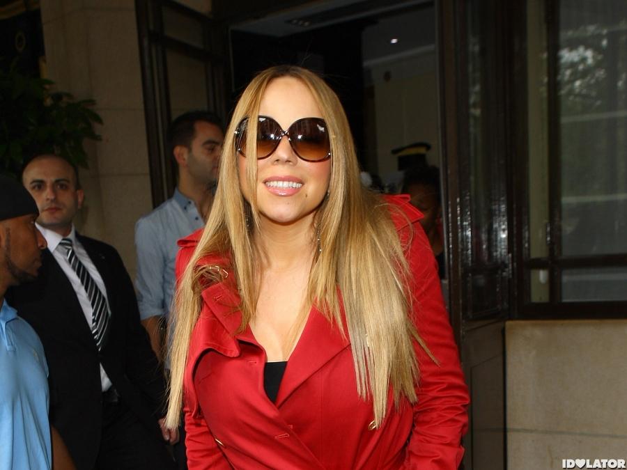 Mariah Carey Greets Her London Fans