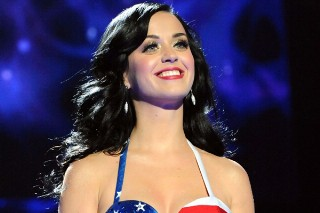 Pop Stars And Stripes: Singers Wear The Flag For July 4th