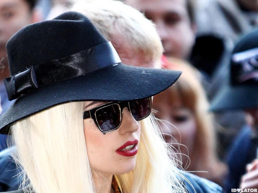 Lady Gaga Greets Fans In Melbourne