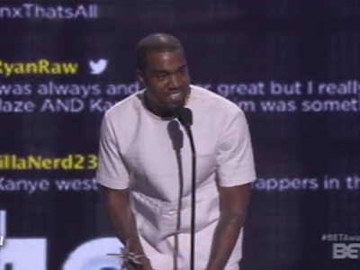 Kanye West BET Awards 2012 The Throne
