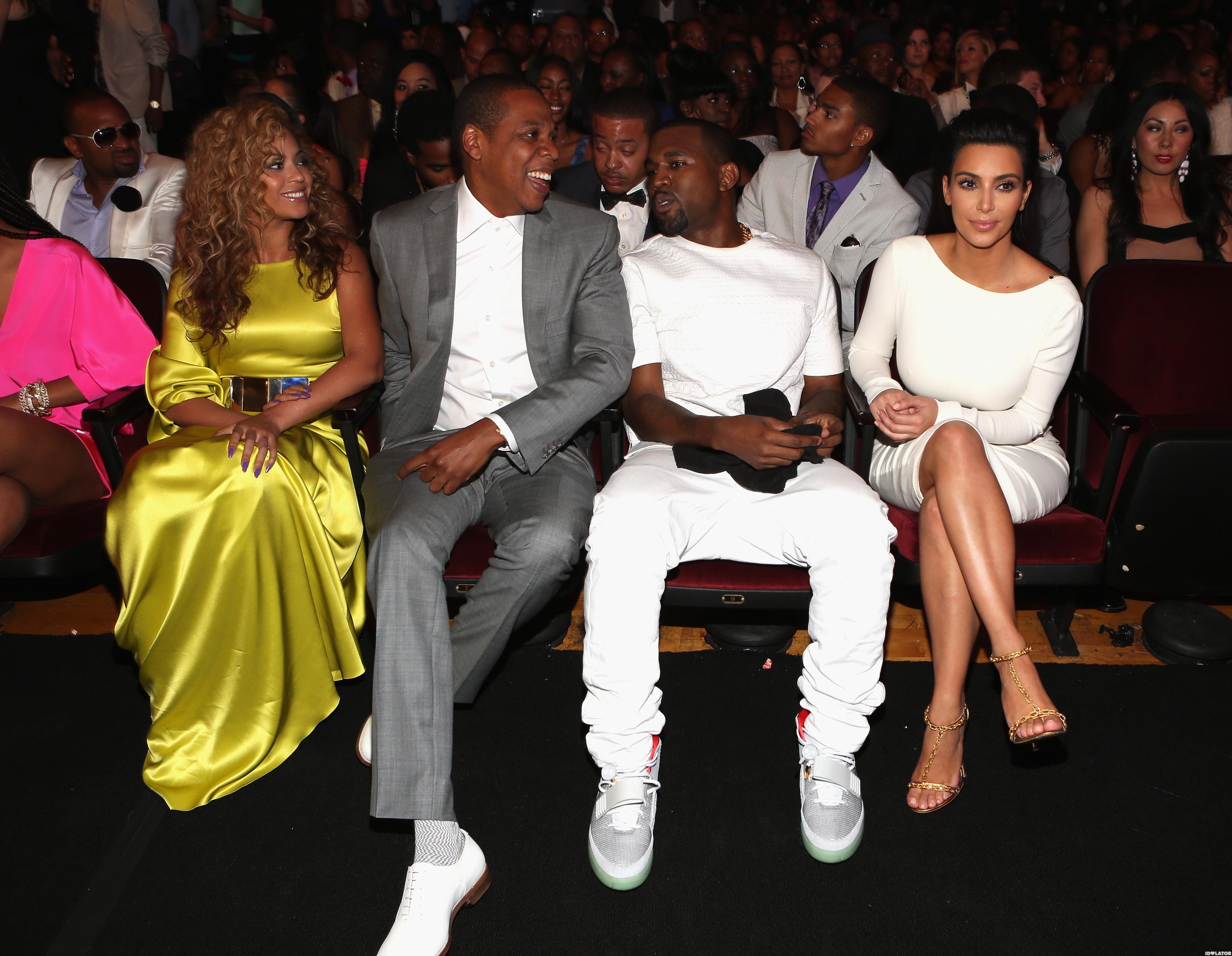 Beyonce, Jay-Z, Kim Kardashian & Kanye West Watch The BET Awards Together