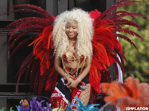 Nicki Minaj: Pound The Alarm Music Video Shoot